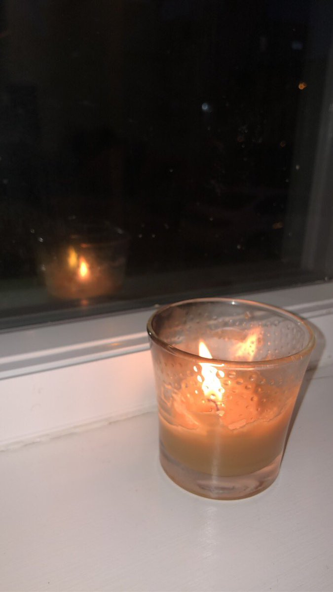 #COVIDMemorial a candle for the 400,000 lives lost in the US. One of them being my grandpa in May.