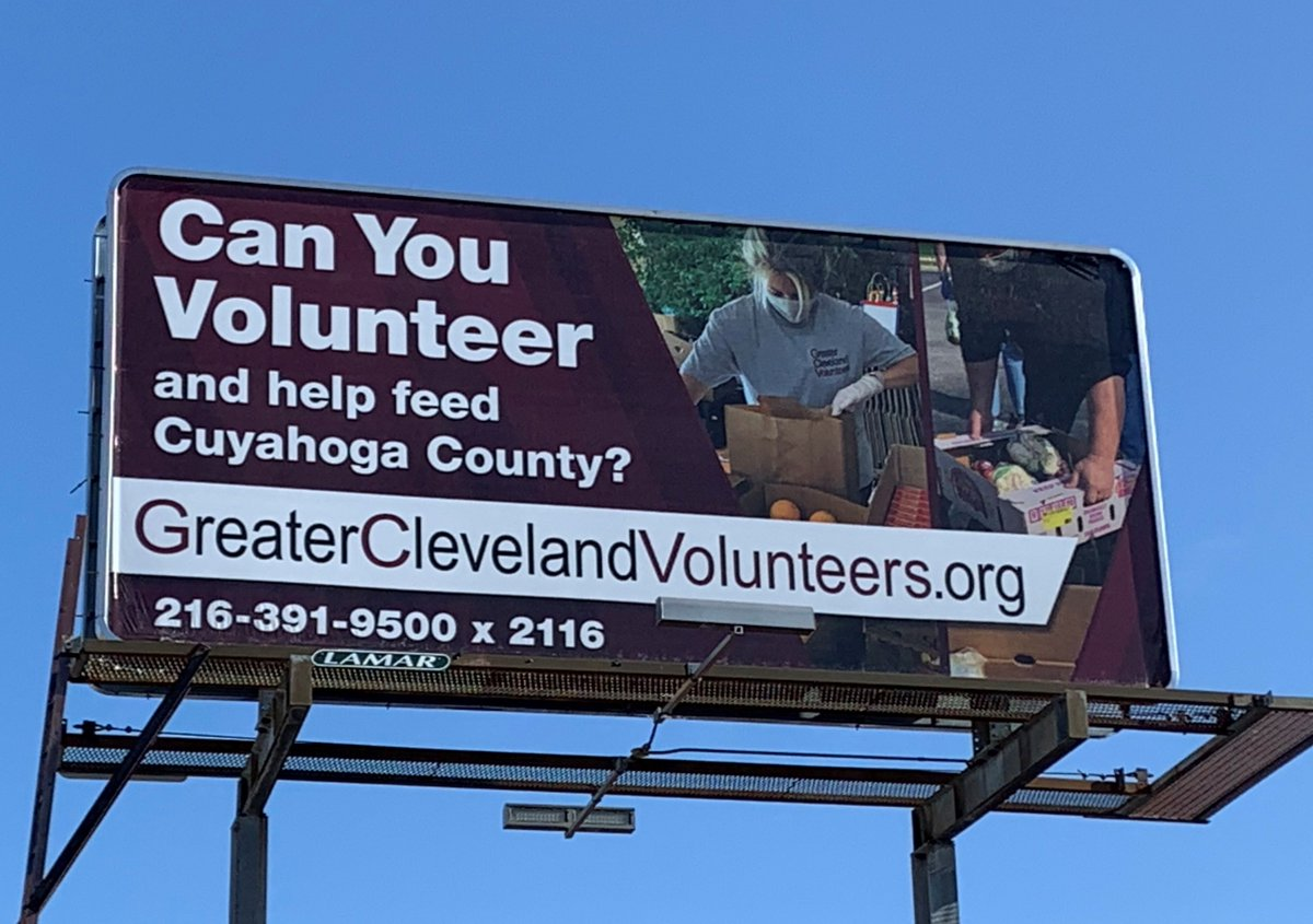 We're still being seen on Detroit Road in #CLE #volunteer #FeedingCLE #notalone #hunger #WeAreHere  #Cleveland #Ohio @DetroitShoreway  @LamarOOH @LandofCLE   @ServeOhio