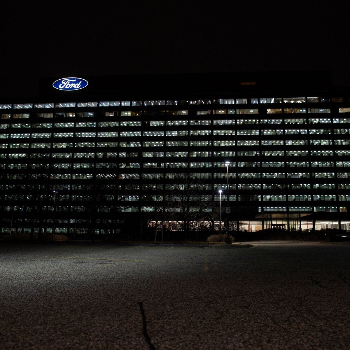 Tonight, we illuminated our World Headquarters & the historic Michigan Central Station in honor of those who lost their lives as a result of this pandemic.  Now is the time for us to unite to make a difference in our communities, help save lives & #FinishStrong. #COVIDMemorial