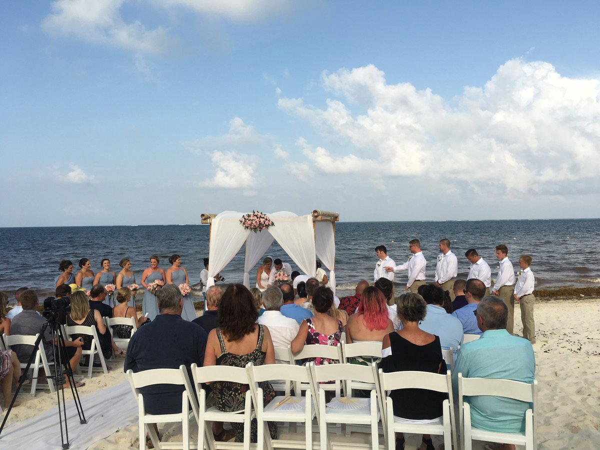 #DestinationWeddings More beautiful, less expensive than #CountryClub wedding #Stressfree Congrats! to my clients who married @SecretsResorts #Mexico @AMResorts_Corp provides free onsite #CovidTesting in compliance with new #CDC laws to #Reenter #USA