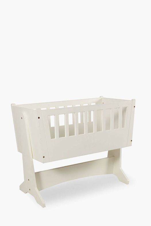Our friends at @TheAlmondTreeSA  are looking for three baby cradle cribs for their Delmas baby home. If you are able to help please contact Zina  065 300 2601. #baby #crib #Delmas @delmasgesels @kobieduplessis