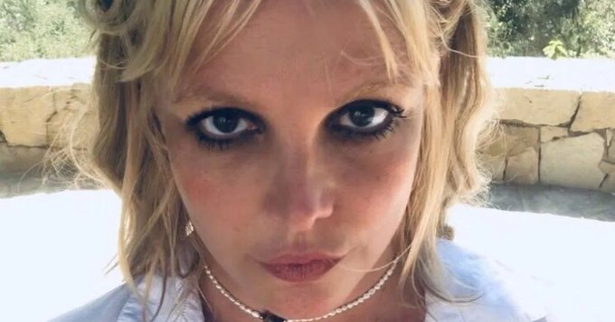Britney Spears Bends Over Braless In Tiny Undies For Home Dance Party! Photo