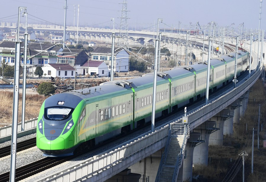 China rolls out new railway operating plan