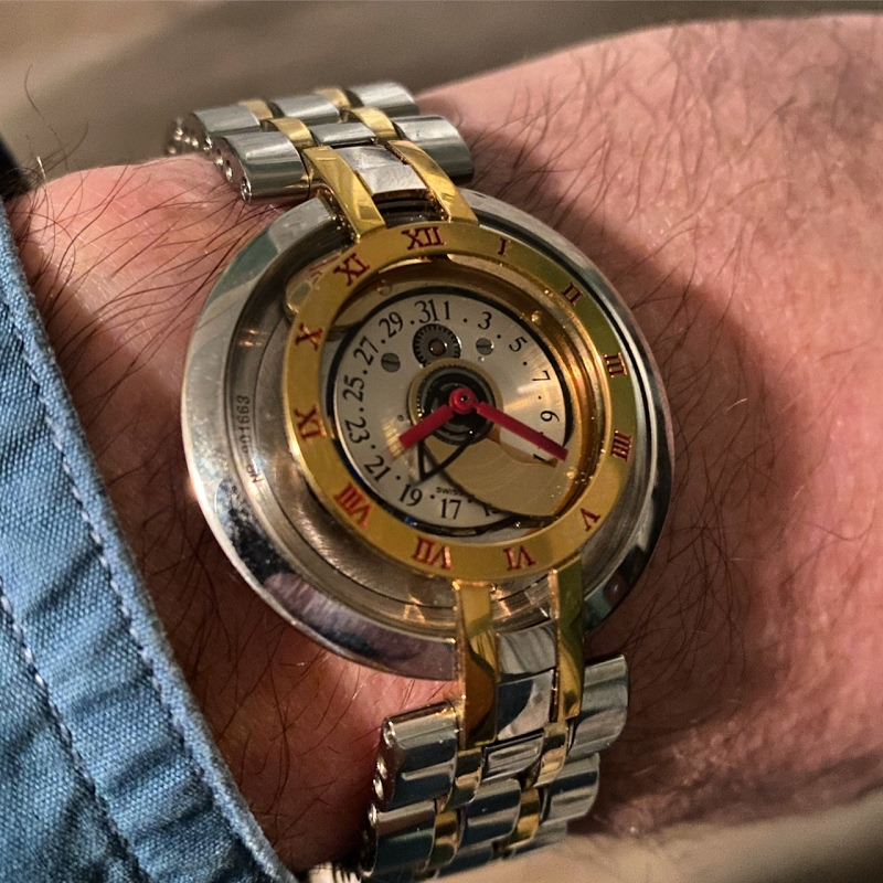 Replying to @PuristSPro: Jean d'Eve Samara  #HorologicalMeandering