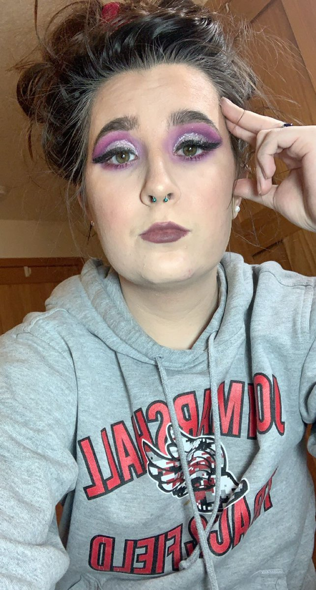 Did a purple look and used the last of the So Long Summer lipstick sample. I bought a full size and can't wait to use it 😍💗 #aboutface #aboutfacehalsies #aboutfacebeauty
