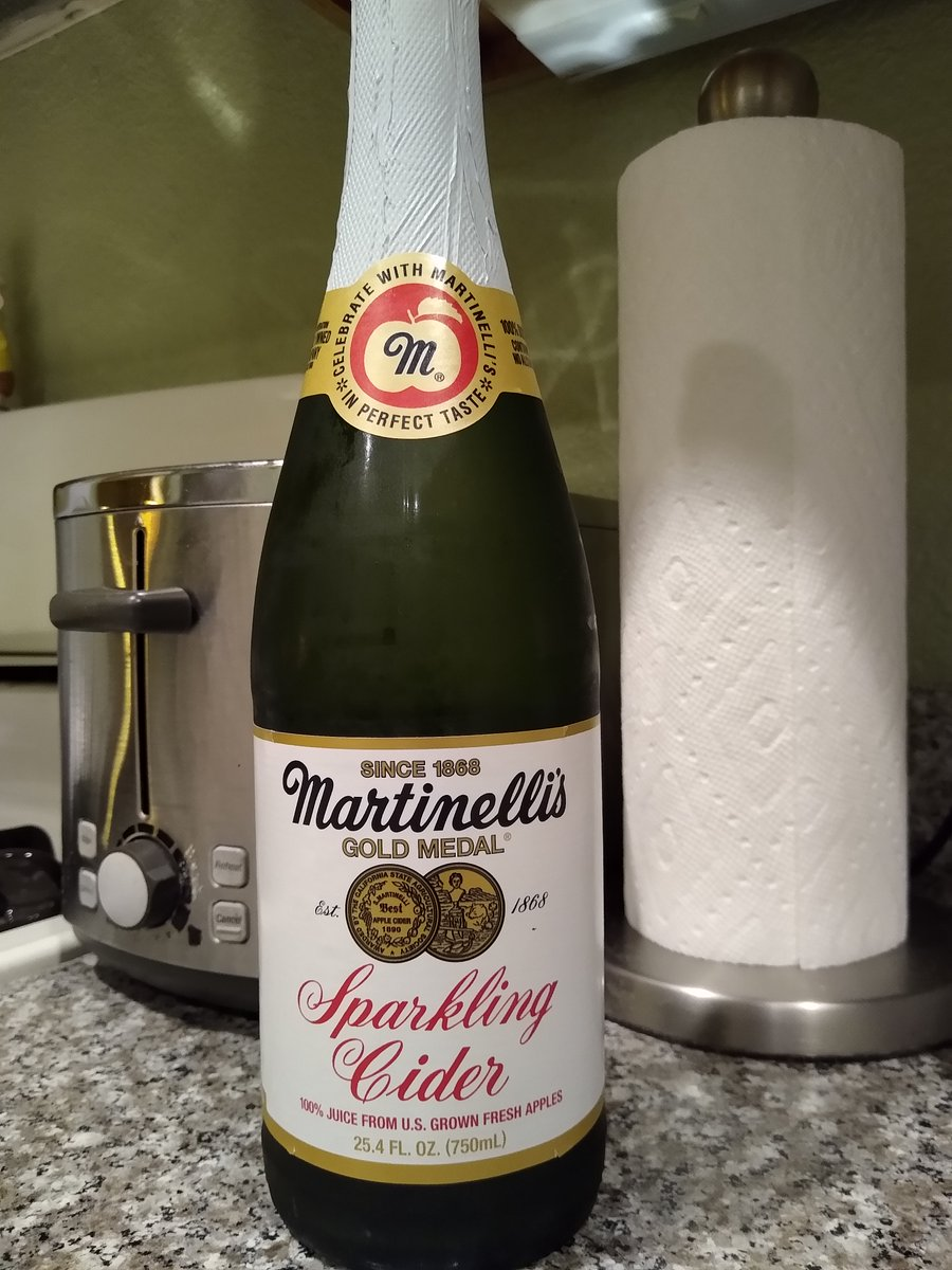 @JoeBiden @PresElectBiden @BidenInaugural @KamalaHarris @FLOTUSBiden  I bought this in late December, and said to my wife we'd skip NY Eve and toast with this at 9:01am PT on January 20th. I do believe tomorrow qualifies as a special occasion! #InaugurationDay #Inauguration2021