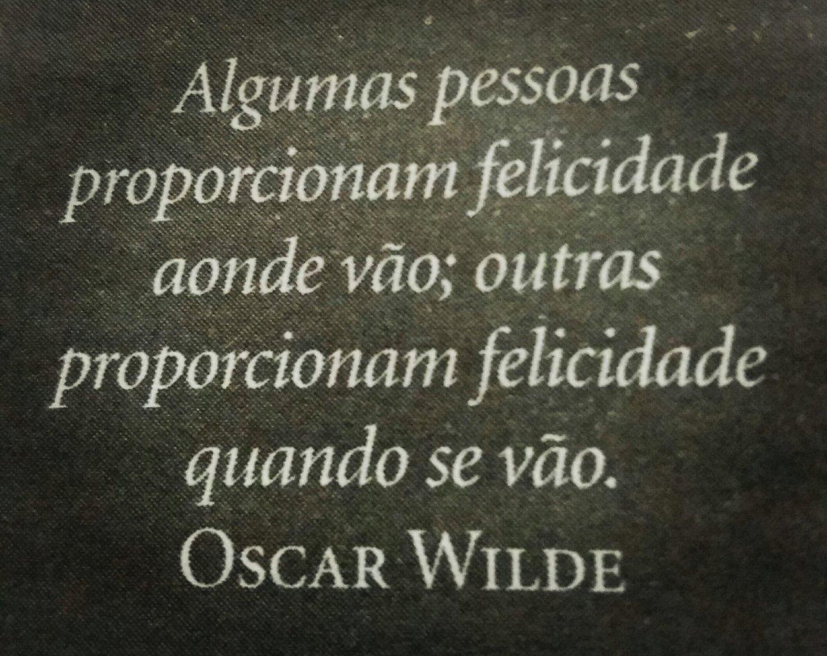 Oscar Wilde . . . .  . .  #filosofia #pensamentos #ler #lerevida #ler #cultura #Oscarwilde #Oscar #Wilde #conhecimento #saber #aprender #mindset #foco #determinação #sampa #saopaulo #2021 #verão  #liderança #zonadeconforto