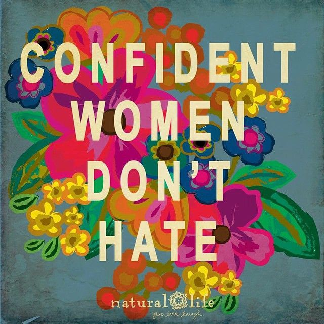 I am a very jealous person. Growing up in the shadow of a woman that was a model, I always felt there was an 'expectation' to continue that. That impacted my self-esteem. Still to this day, at 37 years old, I hope to be one of these 'confident' women. ❤️ #understanding #selflove