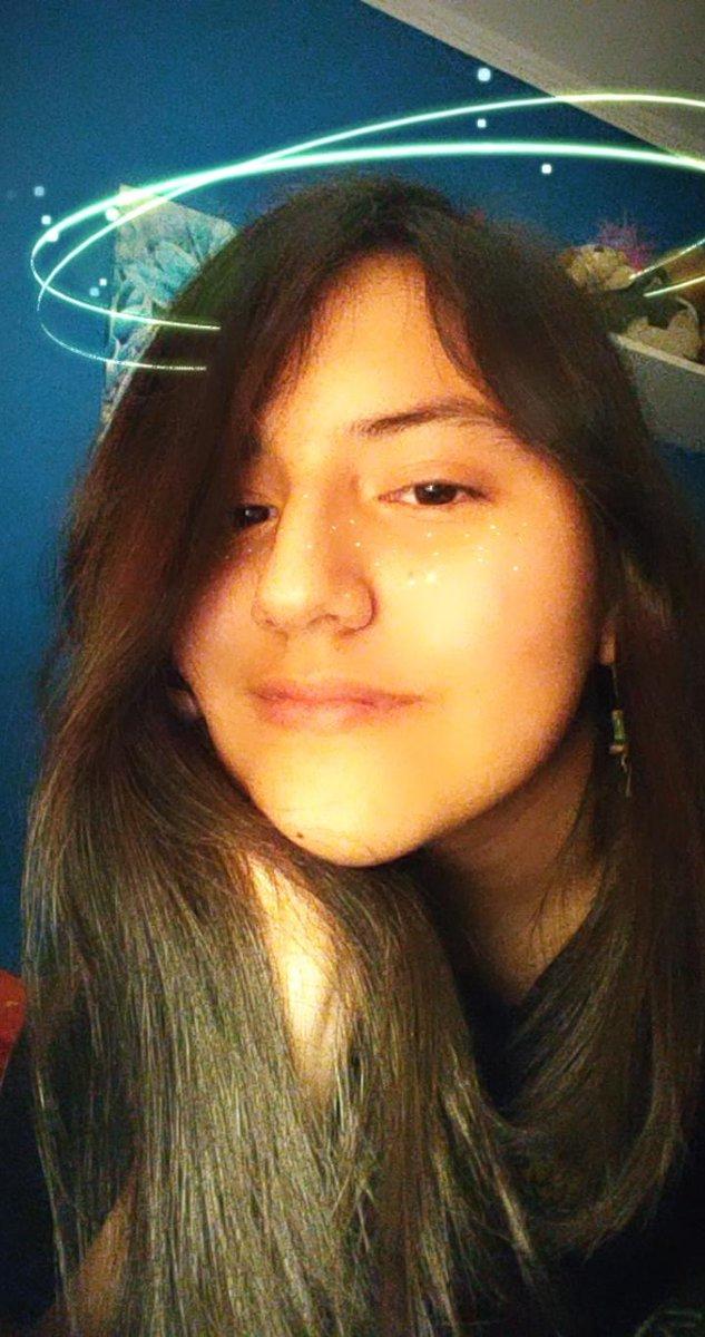 Como no amarlos wn! 🥺(twitter dejame poner más fotos ;-;) #hispanicmcyttwtselfieday
