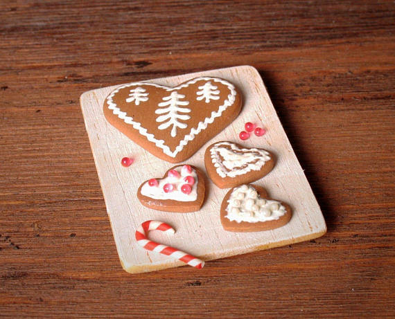 #Christmasy Miniature Tray With Gingerbread Hearts For Your Dollhouse -   #christmas