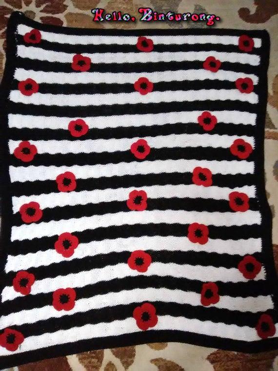 floral black and white  via @EtsySocial #EtsySocial #rt #homedecor #blackandwhite #knittedafghan