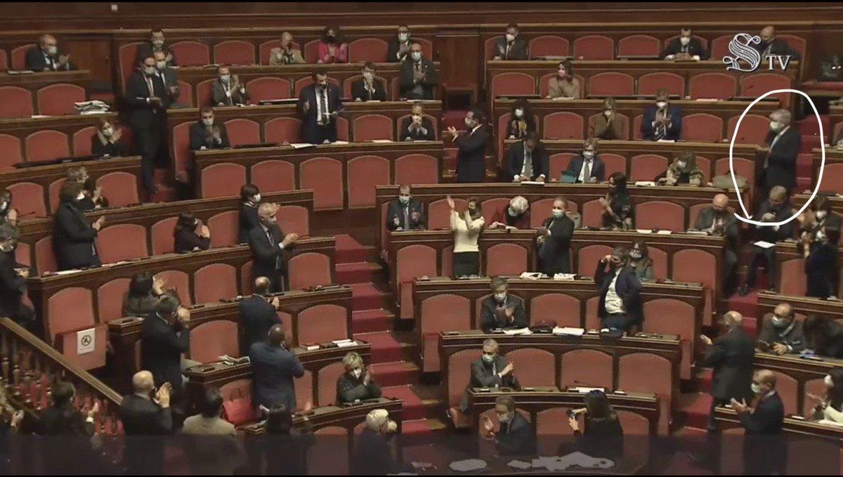 Trump was here! #senato #Trump #crisigoverno #crisidigoverno #ImpeachmentDay #salvini #Italia #fiducia #Renzi #FiduciaaConte