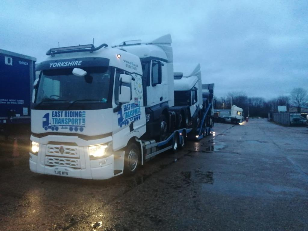 One form this morning. Three #Mercedes for delivery here. #Haulage #Logistics #Transporter #HGV #Trucking #Lorry #Delivery #UKWide #Mercedes #Renault #Professionals #Working #ContactUs #Follow #Like #Retweet @RenaultTrucksUK @MercedesTruckUK #WednesdayMotivation