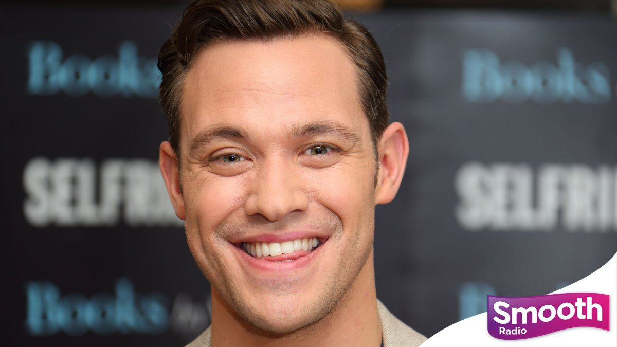 Happy birthday @willyoung! The 'Evergreen' singer turns 42 today. 🎂 https://t.co/Mxg8kLeRkz