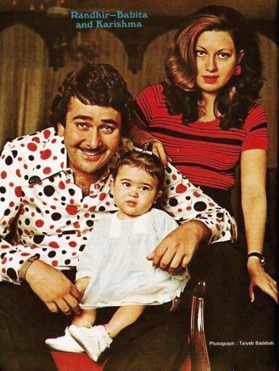 #ThrowbackThursday #KarishmaKapoor with her parents #RandhirKapoor & #BabitaKapoor #KarishmaKapoor #Bollywood #Throwback #KareenaKapoor