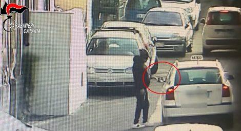 Operazione antidroga a Catania, sgominata base di spaccio, 17 arresti e 5 obblighi di dimora - https://t.co/JqhesIIzhe #blogsicilianotizie