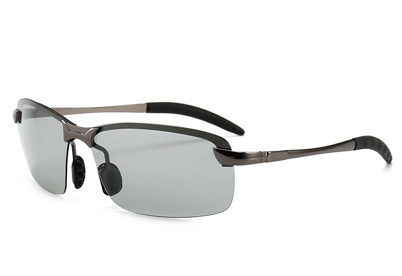 💃 How to finally Reduce stress and headaches from your laptops and Mobile phones. Scientists new found photochromic glasses... 2pcs left! click to get👇   #hispanicmcyttwtselfieday