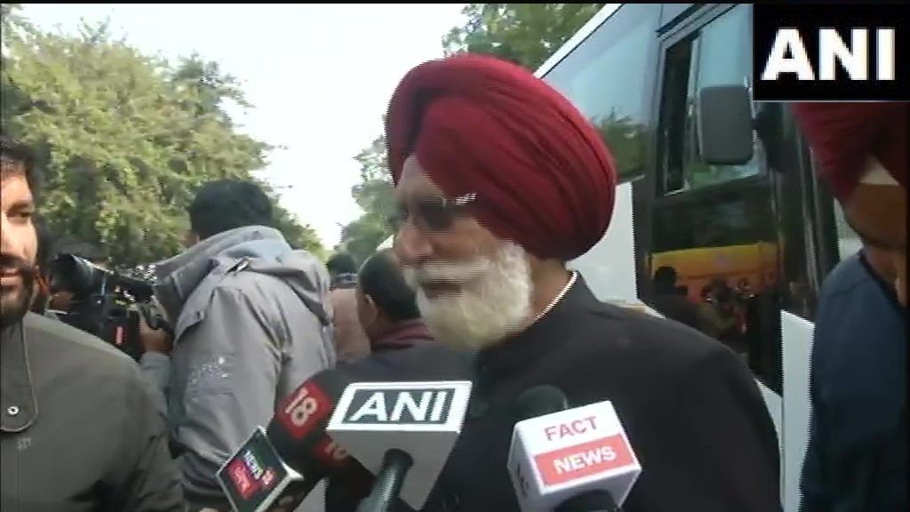 #Delhi: A delegation of farmer leaders arrive at #VigyanBhawan for the tenth round of talks with Union Government on the three #FarmLaws