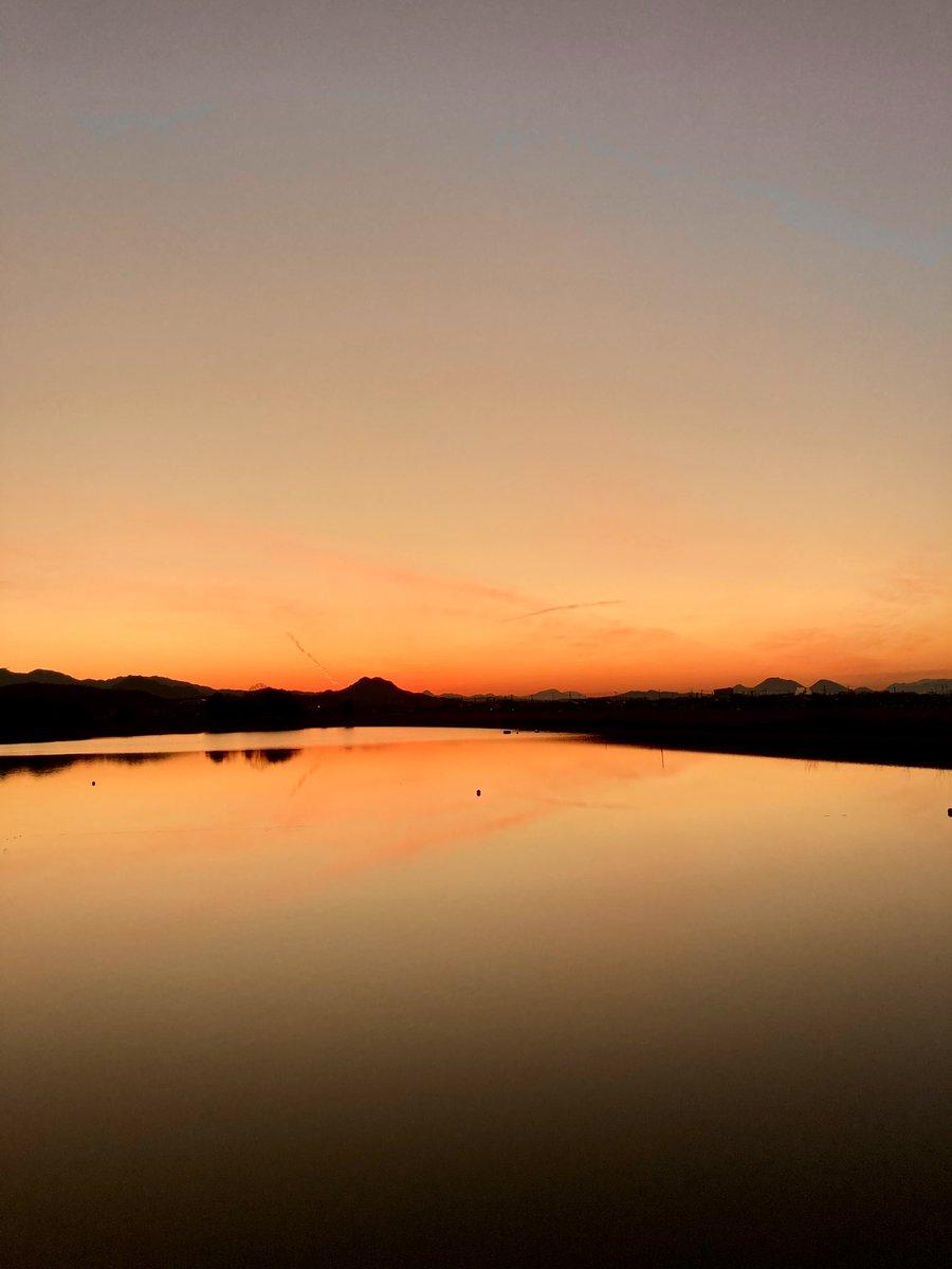 今日も一日が終わっていく。 #今日も一日が終わっていく  #夕景  #sunset  #magichour  #マジックアワー