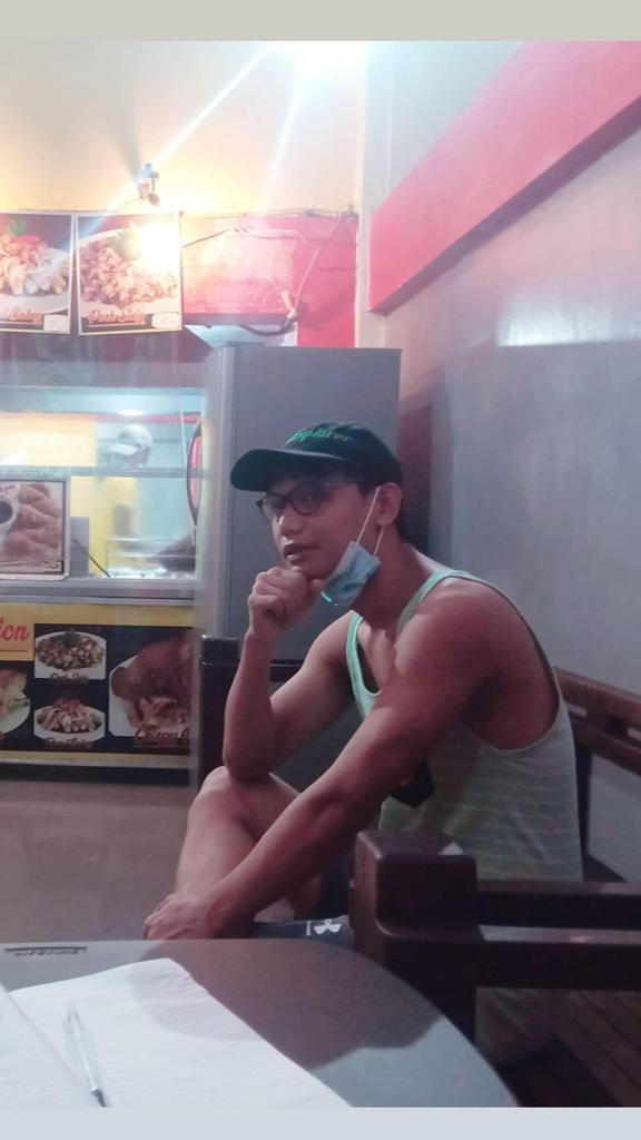 [VIGAN] ► #TownExplorer ILOCOS SUR PROVINCE 🇵🇭  Captured by [IG: @meltxzlasher], while waiting for my crispy pata order at Choylin, Vigan's most popular crispy pata store.   | #Edmaration | #Vigan | #IlocosSur | #Ilocos | #Luzon | #Philippines | #SouthEastAsia |