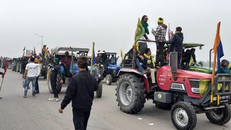 #Delhi  ट्रैक्टर रैली पर सर्वोच्च अदालत ने दखल देने से इनकार किया और कहा है कि दिल्ली पुलिस ही इस पर इजाज़त दे सकती है   #FarmLaws #FarmersProtest #DelhiPolice