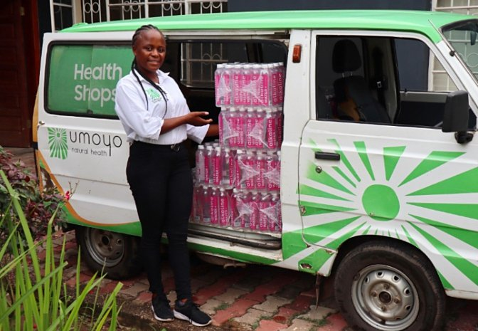 Are you interested in stocking Umoyo's Alkaline Water in your shop, cafe, restaurant or perhaps place of work? Then get in touch with Carol today!  Simply whatsapp +260976924254  #naturalhealth #health #healthylife #naturalremedies #lusaka #zambia #umoyo https://t.co/Z5v9h38Gz0
