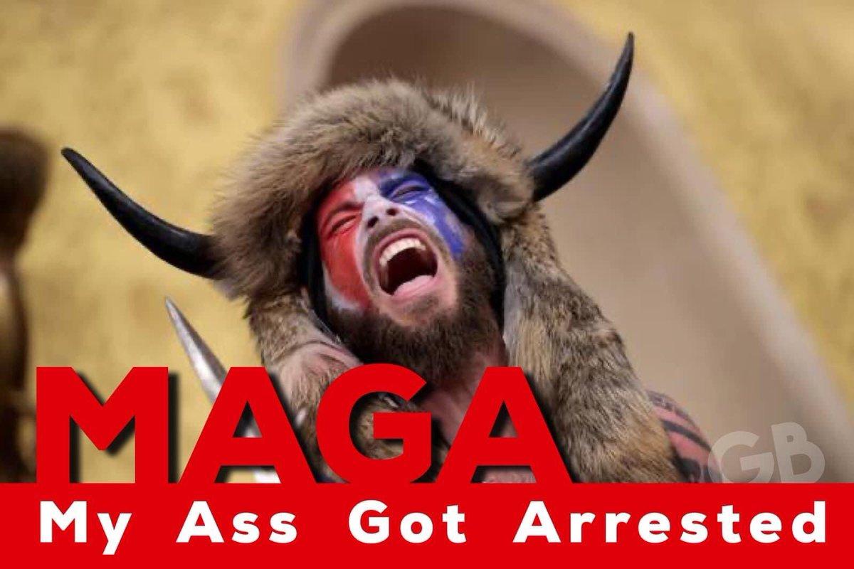 This🎯😆 . #ByeByeTrump #BidenHarrisInauguration #Trump #SteveBannon #TrumpPardon #lol #1776Commission #God #goodmorning #DomesticTerrorists #MAGA