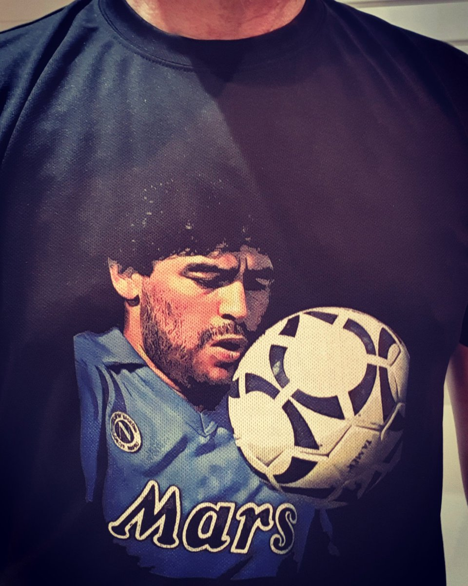 New fitted tech tshirts now available in all your favourite designs 🔥 #techshirt #maradona #sscnapoli #forzanapoli #diegomaradona #dios #elpibedeoro #tdefutebol #bedifferent 👕⚽️