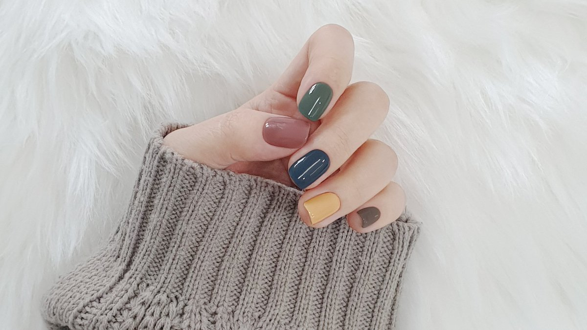 Cuz we're tired of press-on and fake nails, we do ohora💅🏾🤍 One and only, the best replacement for salon-quality gel nails🤍 🔗 #gelnails #WeDoMoreWednesdays #wednesdaythought #nails #beautiful #TrueBeauty #ohora #ohoranails #nailsdone