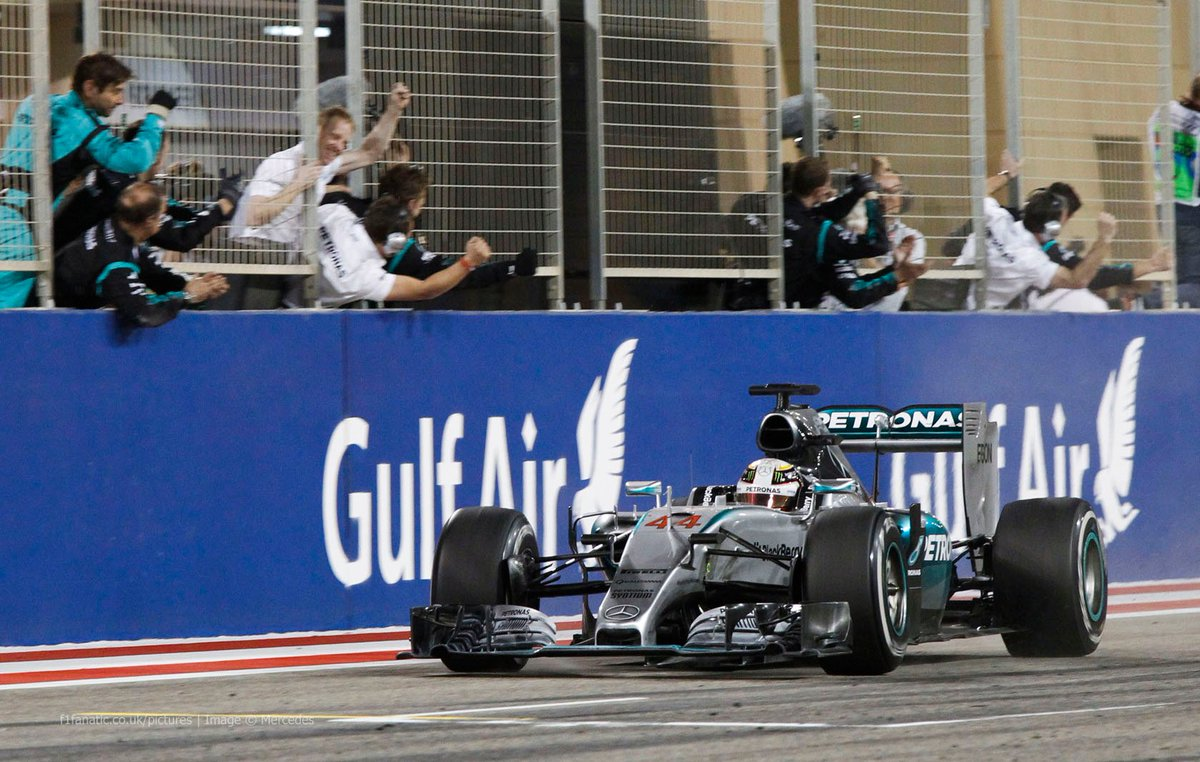 Victoria 36: #BahrainGP 2015  #F1 https://t.co/AwD3LEvZu7