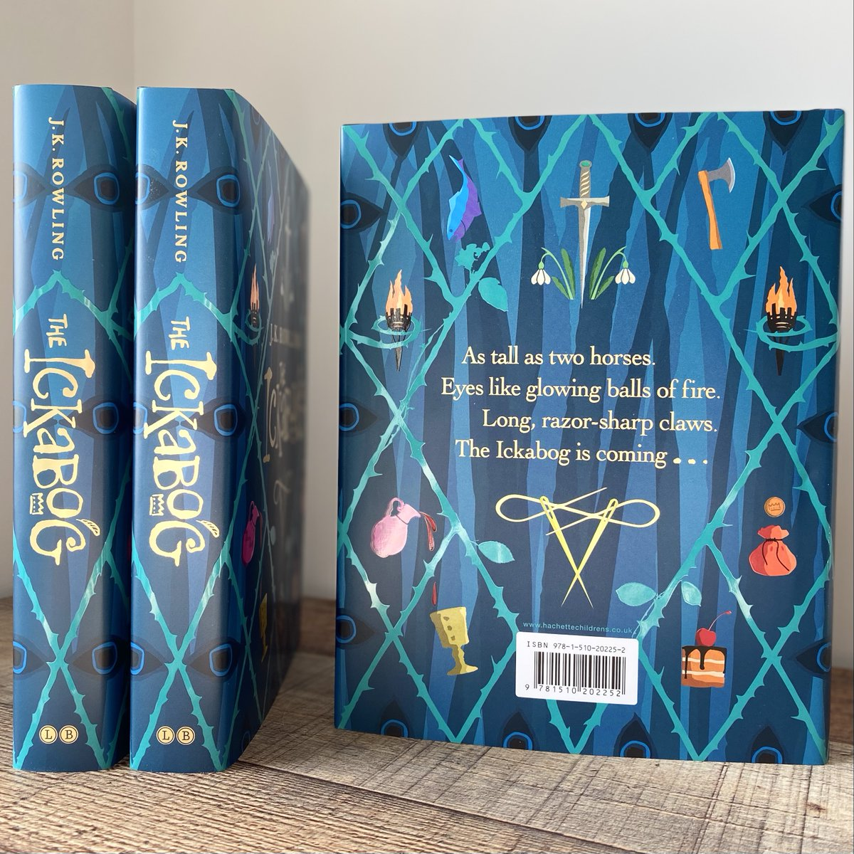 Discover a brilliantly original fairy tale about the power of hope and friendship to triumph against all odds, from one of the world's best storytellers.   #TheIckabog by J.K. Rowling is out now: