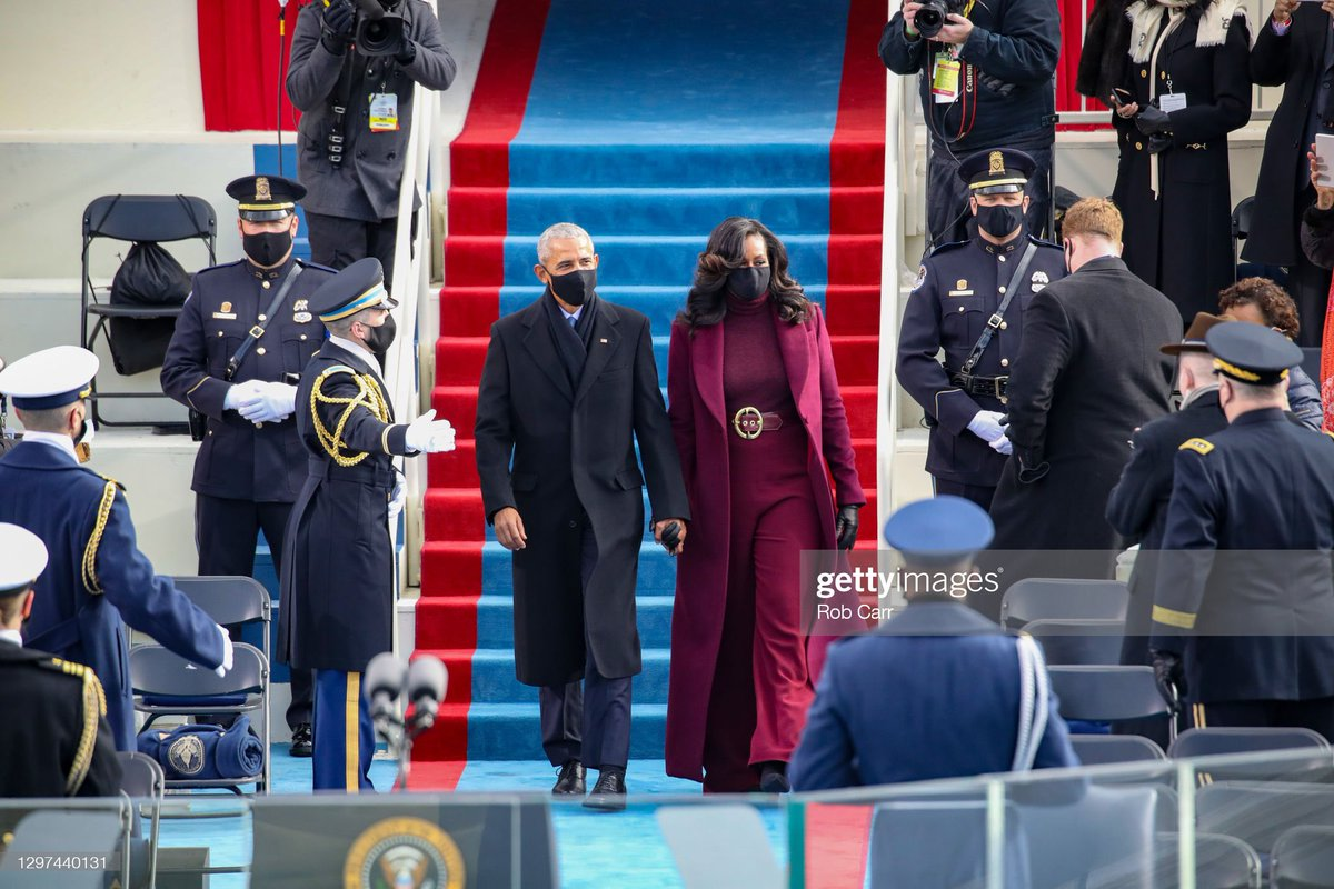 Replying to @AlexaLisitza: A moment of appreciation for Michelle Obama's Inauguration Day outfit