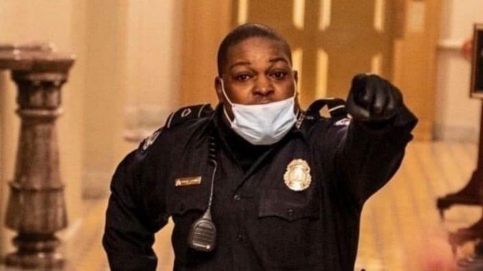 CBS News: Eugene Goodman, the U.S Capitol Police Officer, seen leading rioters away from the Senate Chambers during the insurrection was PROMOTED. He's now the Acting Deputy Sergeant of Arms.  You'll see him on the Presidential platform.  He's a DC native. Congrats, Sir! @wusa9 https://t.co/igfai6K1uO