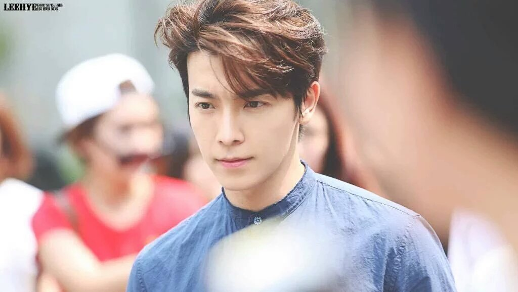 Replying to @HourlyHae: One of the best donghae look