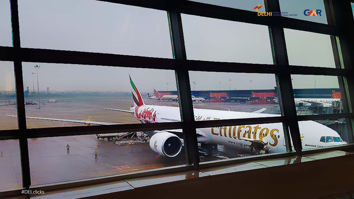 Ready to fly? So is @emirates @boeing 777 at #DelhiAirport in this amazing click captured by aerospotters (on Instagram) #DELclicks