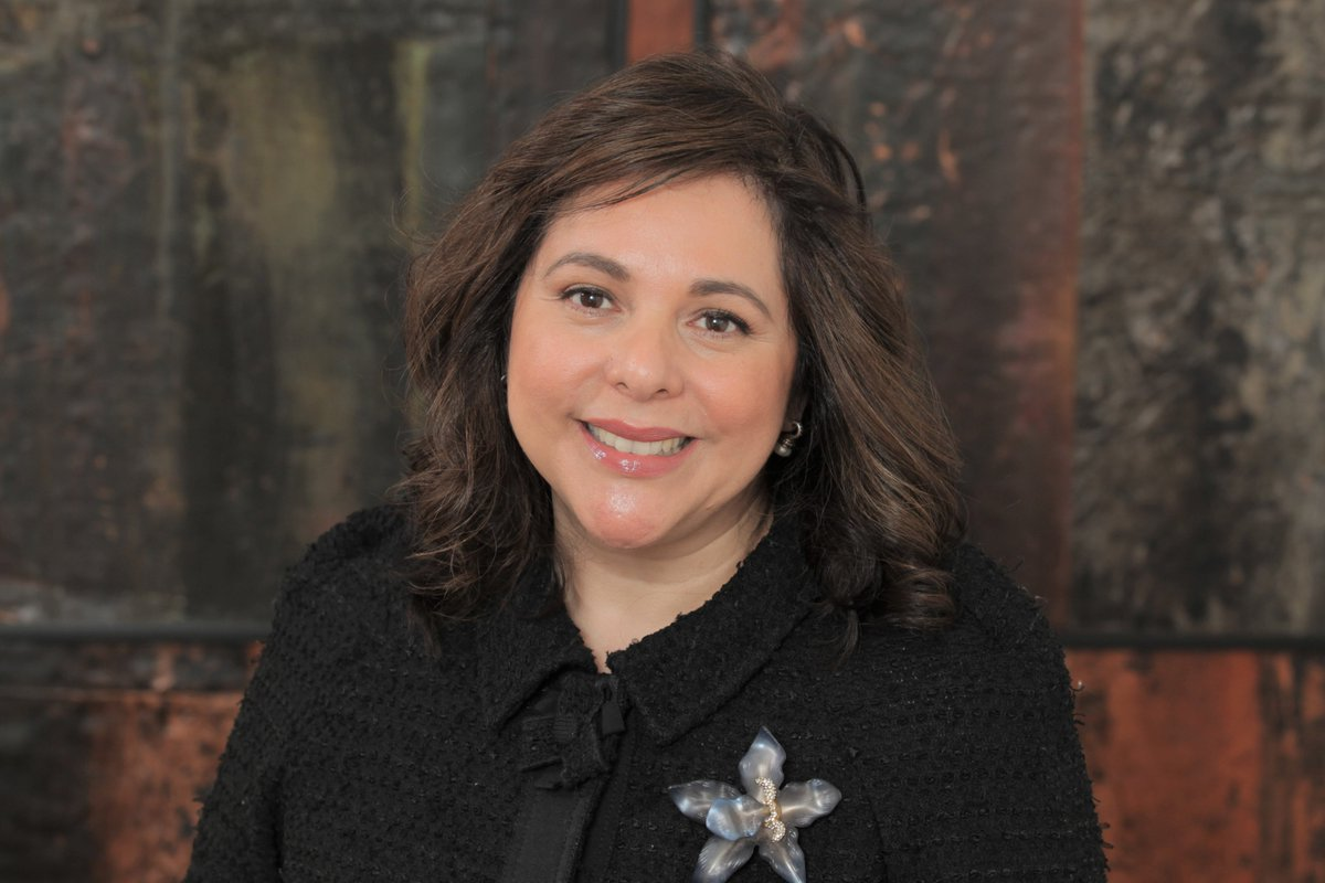 As a new presidential administration begins their work in Washington today, a UIW alumna is joining them! Help us congratulate Corina Cortez (BBA '90) on her appointment as special assistant to the president for presidential personnel! #UIWInTheWhiteHouse #UIWAlumni #UIWPride
