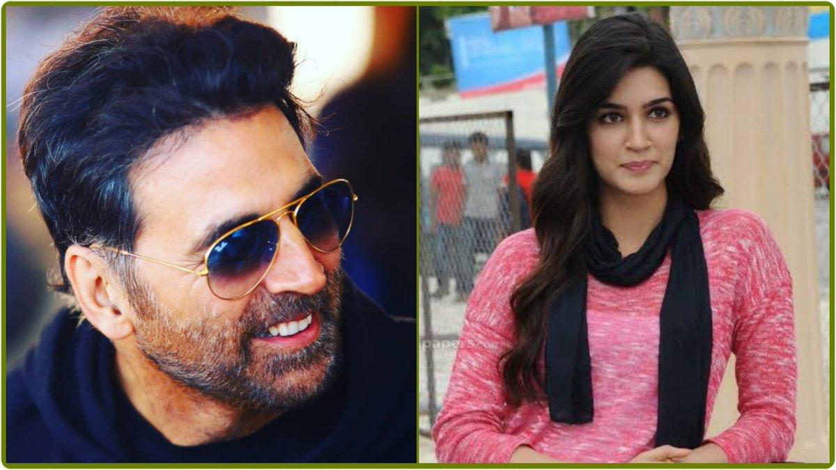 Exclusive Update 💥💥💥  #KritiSanon is playing the role of a film director in #AkshayKumar's film #BachchanPandey.