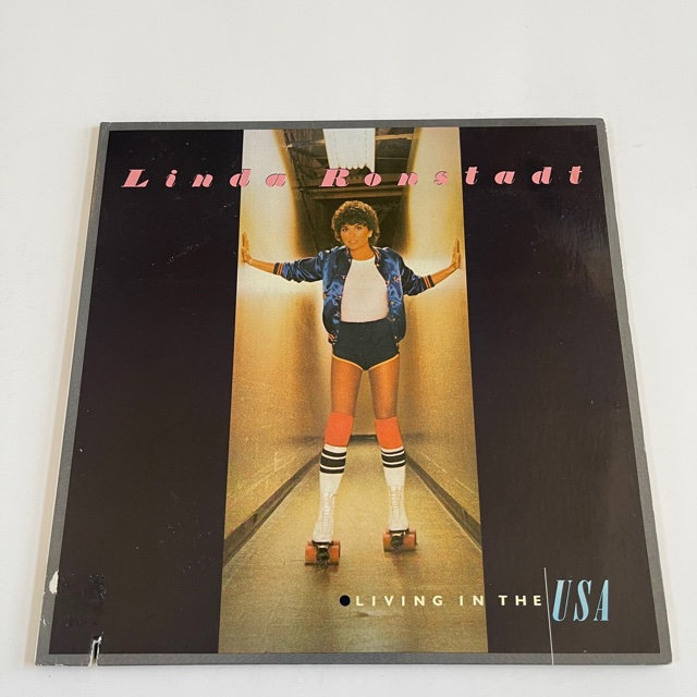 Excited to share the latest addition to my #etsy shop: Linda Ronstadt - Living In The USA (1978) https://t.co/R5ZwPB1k8F #christmas #pop #vinyl #album #record #linda #retrorecordsmusic https://t.co/1vdXakFtMa