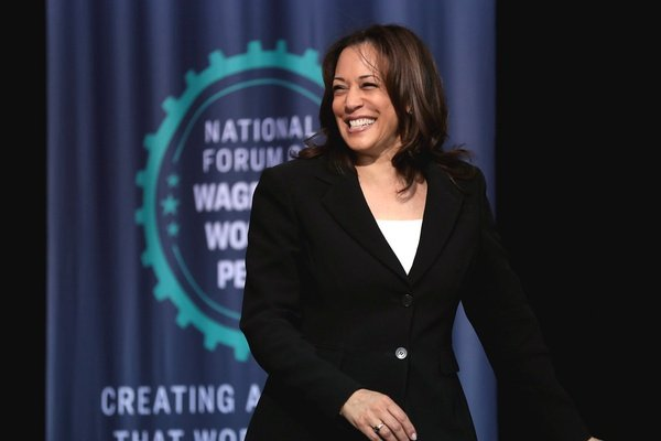 """""""Anyone who claims to be a leader must speak like a leader. That means speaking with integrity and truth"""" Kamala Harris 👏 #InaugurationDay"""
