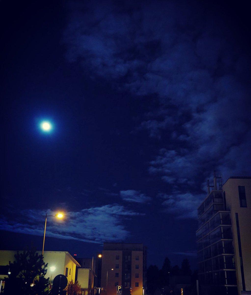 #skywatching #moon #eyeinthesky #night #darkskies