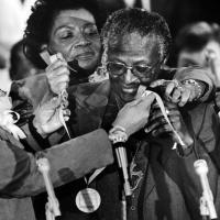 #TodayInHistory 20 January 1986 Bishop Tutu receives Martin Luther King Award.  #AfricanAffairs #Africa #BishopDesmondTutu      #martinlutherkingaward #wednesdayvibes #wednesday #InaugurationDay South Africa Source: South African History Online