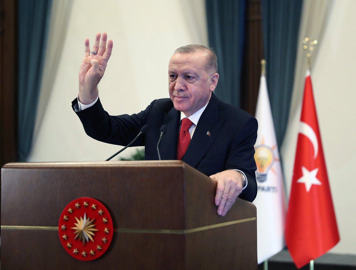 """""""Büyük ve güçlü Türkiye'nin inşasını sürdürüyoruz"""""""