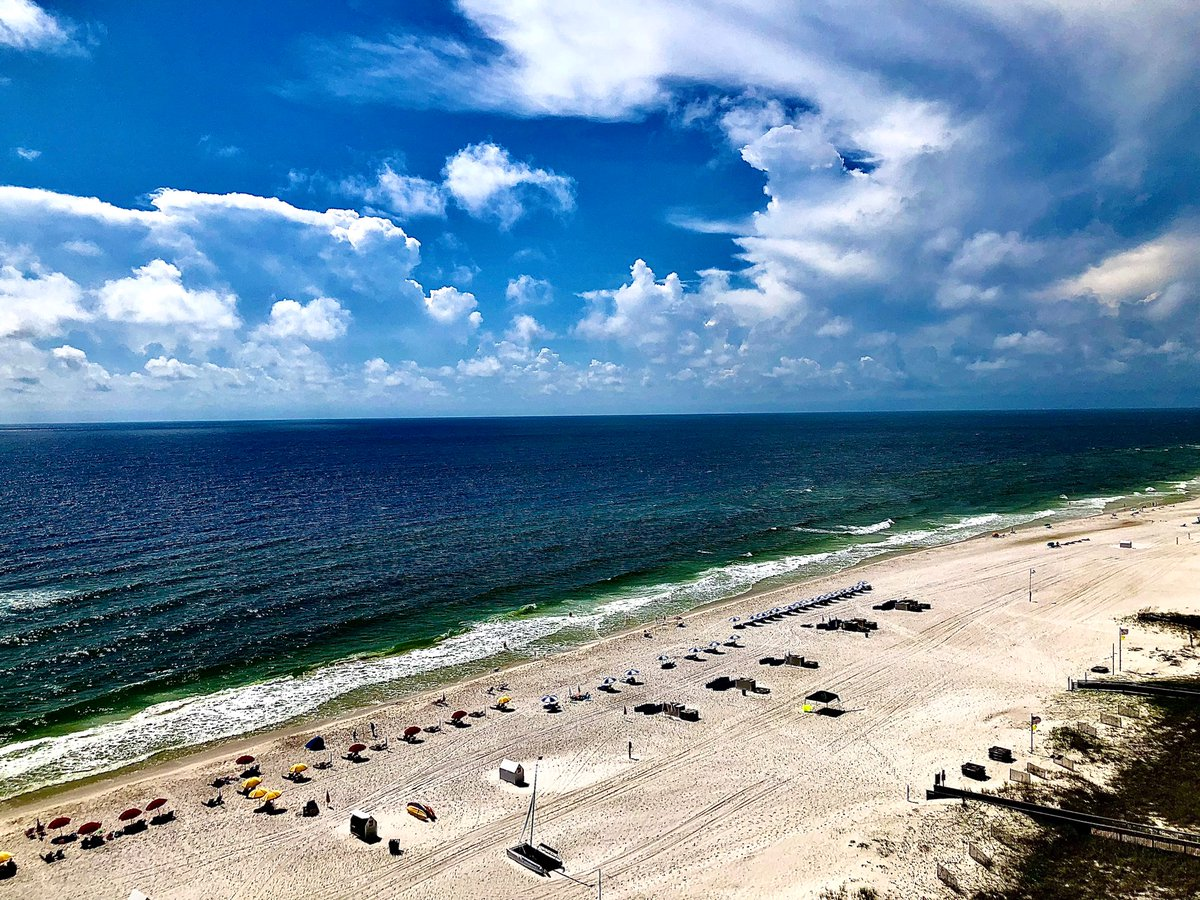 #Cumulus #clouds building over the #beach at the #GulfCoast impart a sense of timelessness. #wednesdaythought #WednesdayMotivation