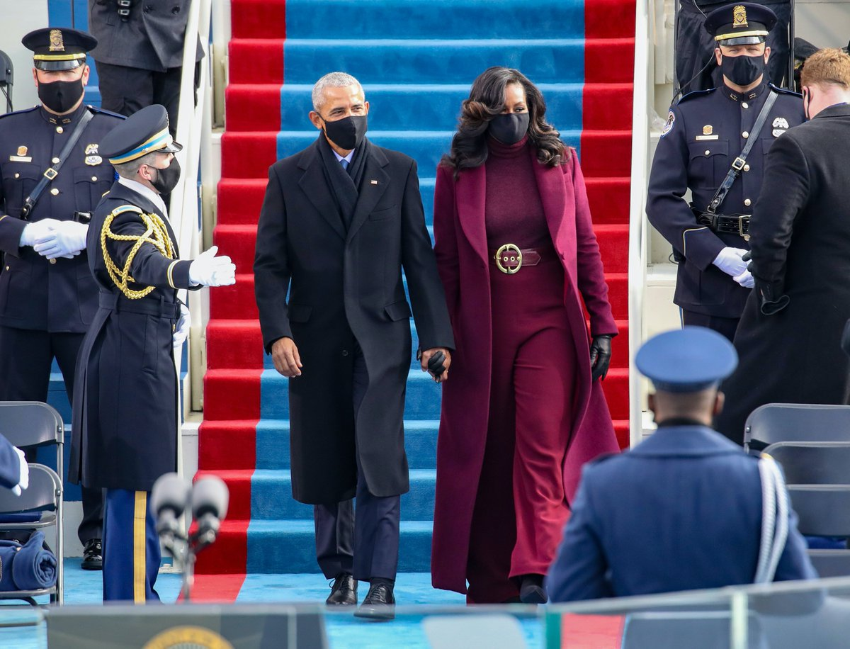 Replying to @Refinery29: MICHELLE OBAMA THO! COAT 👏 BELT 👏 WIDE LEG PANTS 👏 #InaugurationDay