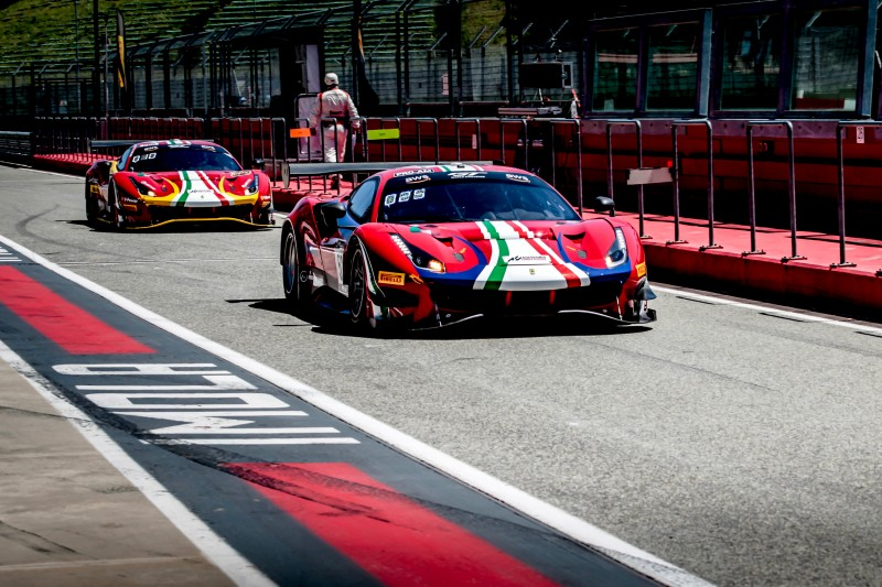 Remember this? Our delayed 2020 season kicked off in style at Imola. It was a new track for us and delivered a brilliant race in glorious Italian sunshine 🇮🇹☀️🏁  More awesome Imola images »»»   #GTWorldChEu   #WednesdayWisdom