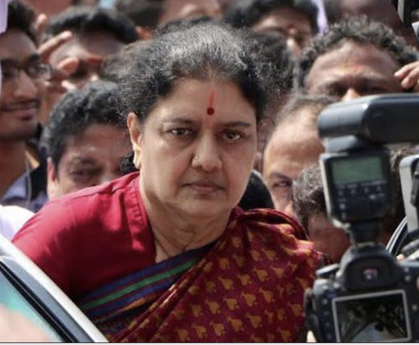 V K #Sasikala, who is expected to play a vital role in #TamilNadu politics, has been put on high nasal flow oxygen @ Bowring Hospital in #Bengaluru. She had been convicted along with former TN CM #Jayalalithaa in disproportionate assets case & was to walk free on Jan 27.