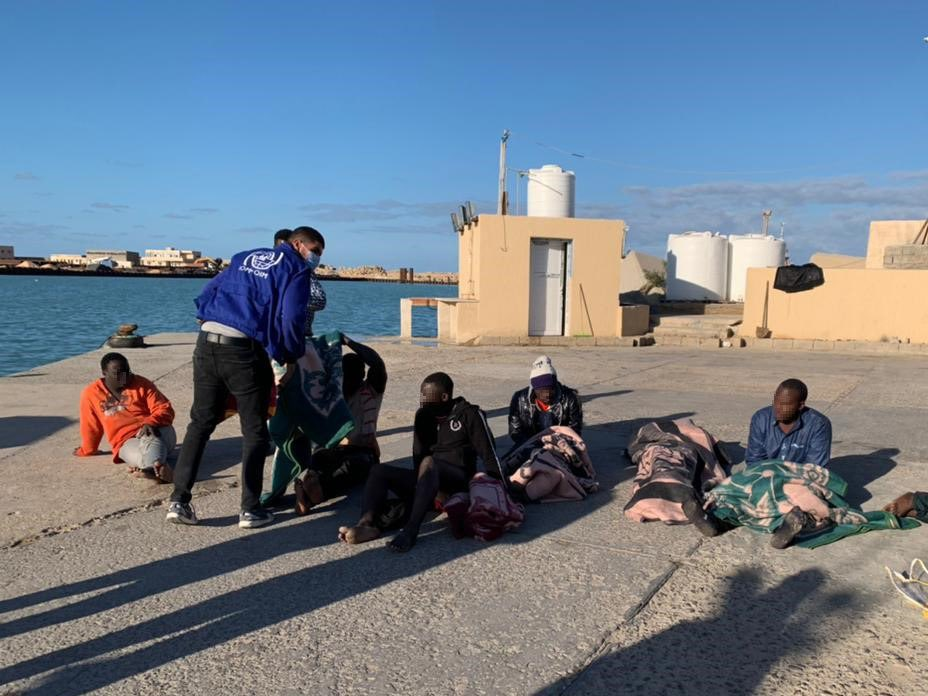 IOM and UNHCR are saddened by the tragic shipwreck off the Libyan coast yesterday that claimed the lives of at least 43 people.  This tragic loss of life highlights once more the need for State-led search & rescue operations: https://t.co/VoNcLwmYA0 https://t.co/ooaUOcCPnt