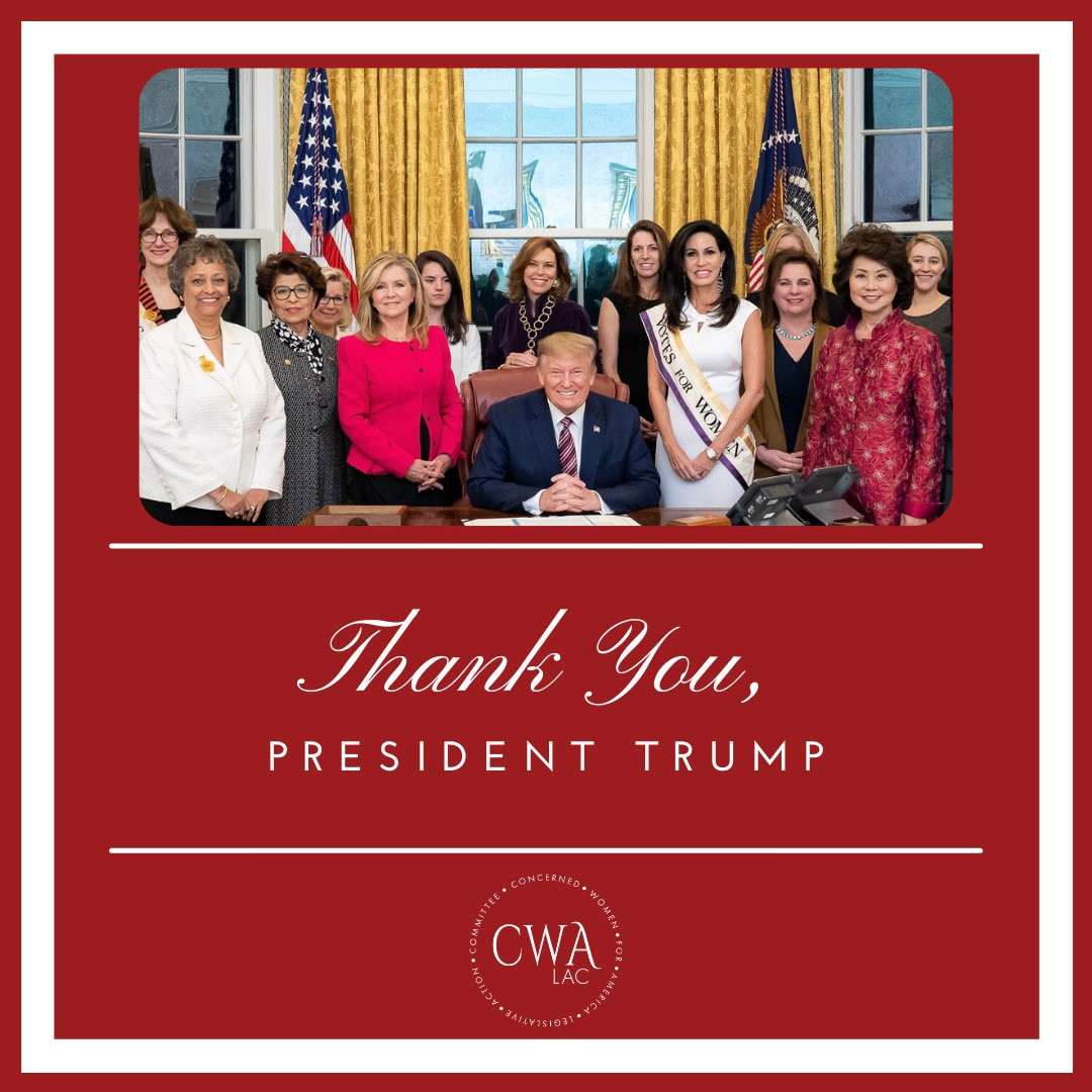 Thank You, Mr. President. (Official White House Photo by Tia Dufour)