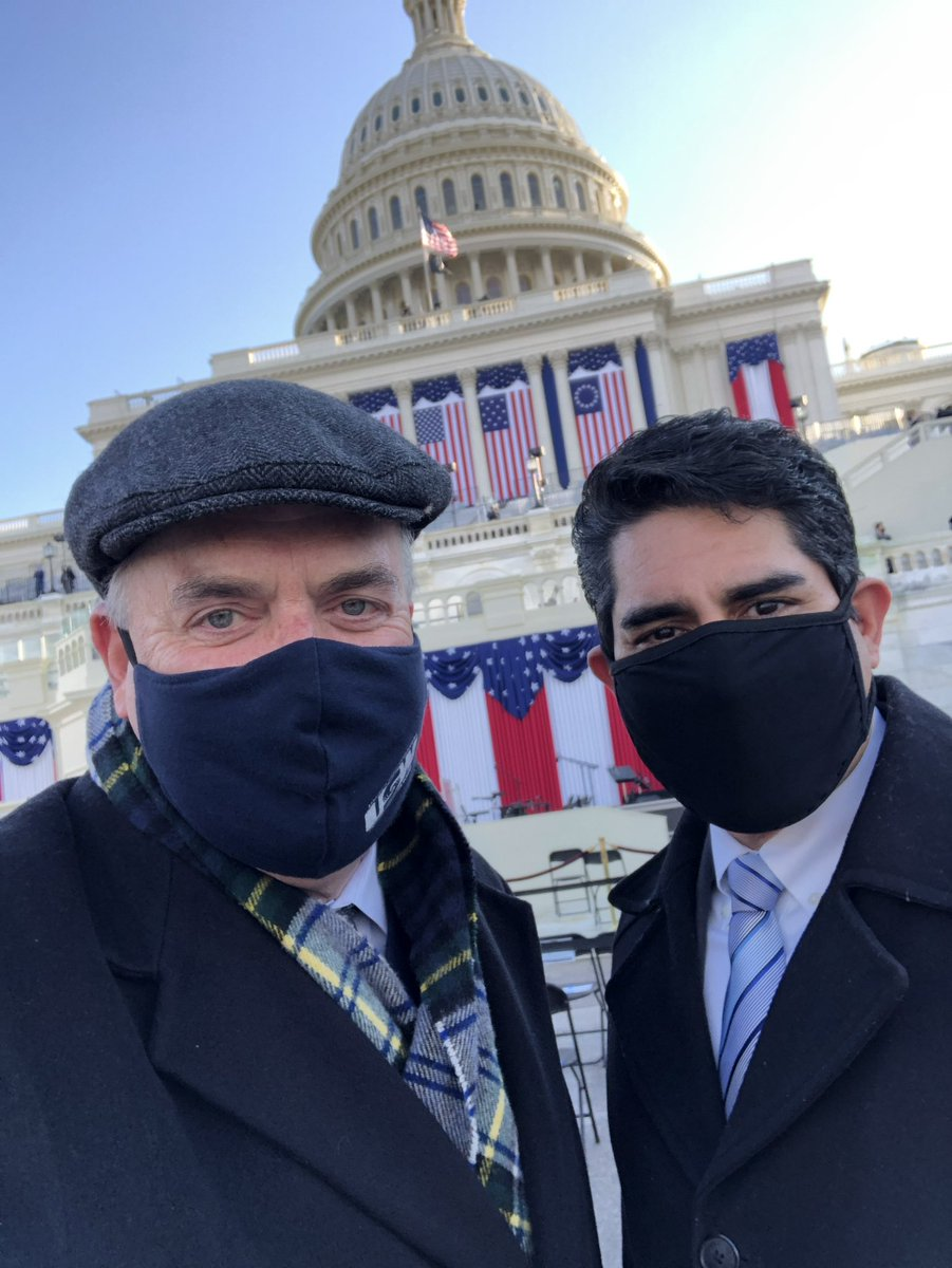 We see you in the @steelworkers mask, Congressman 👀✊ #1u #inaugurationday