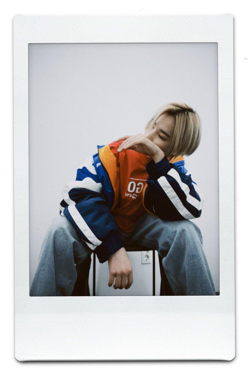 """Actualización de Niki en Weverse  """"ENGENEs✨💕 ¿¿Habéis visto las fotos de Dazed??😊🌙 Los 7 nos esforzamos mucho en la sesión, así que espero que le podáis dar mucho amor🥺💟  -Fin-🐆""""  #ENHYPEN #엔하이픈"""